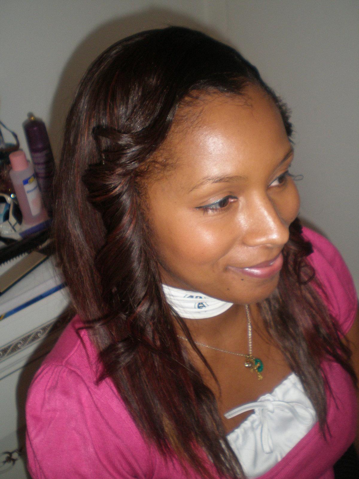 Tissage ouvert sur le cot id es coiffure afro tresses for Salon de coiffure tissage